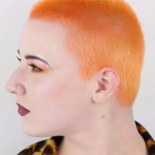 Perfect Peach Fuzz look